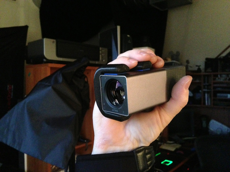 Lytro-Mod: 3D-printed Custom Hand Grip (photo: @panocamera)